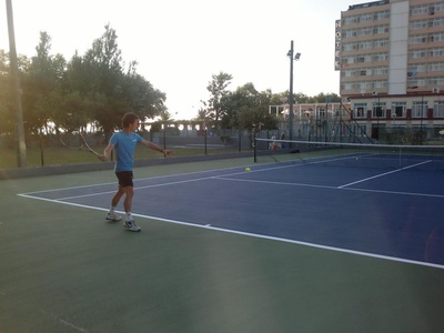 TENNIS & PADDLE COURT